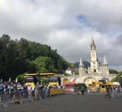 Mercado de Lourdes. Ambiente Tour. Veintiocho Comunicación Creativa